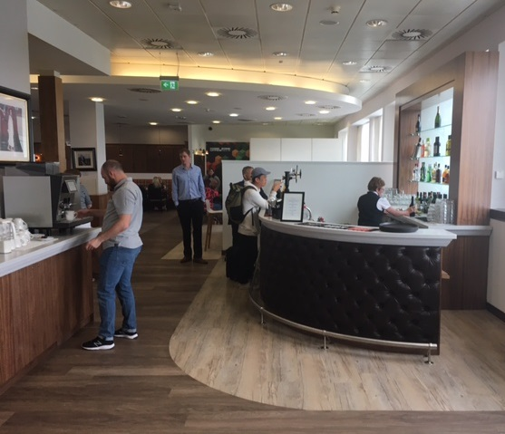 Glasgow Airport's Upper Deck Business Area Completes