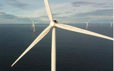 Last turbine installed on Beatrice Offshore Wind Farm